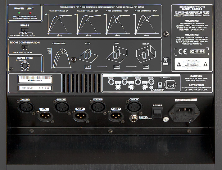 Kierrättämällä signaali subwooferin kautta, suodattuvat bassot pois pääkaiuttimilta ja siten koko järjestelmän äänenpaineresurssit paranevat
