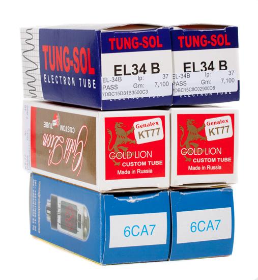 EL34-, KT77- ja 6CA7-putkia voi käyttää ristiin.